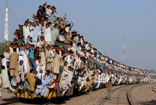 Crowd on an Indian Train