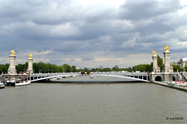 One of the many beautiful bridges across the Siene